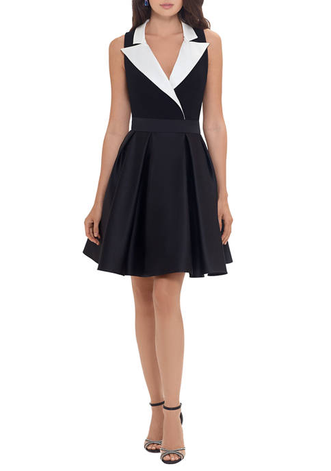 Betsy & Adam Sleeveless Color Wrap Fit and