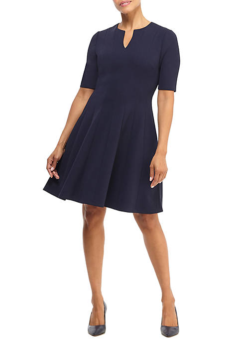 Maggy London Womens V-Neck Seamed Fit and Flare