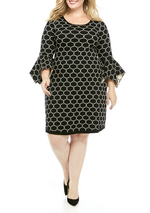 Plus Size Flare Sleeve Oval Jacquard Sweater Dress