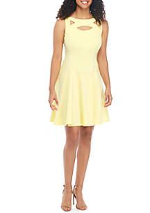 f700e5a365e8f ... Gabby Skye Sleeveless Cutout Textured Knit Dress