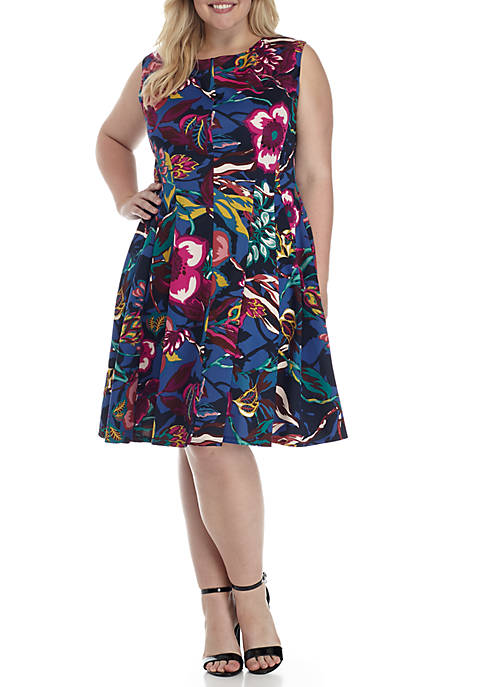 Gabby Skye Plus Size Cap Sleeve Printed Fit