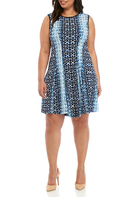 Gabby Skye Plus Size Sleeveless Graphic Fit and