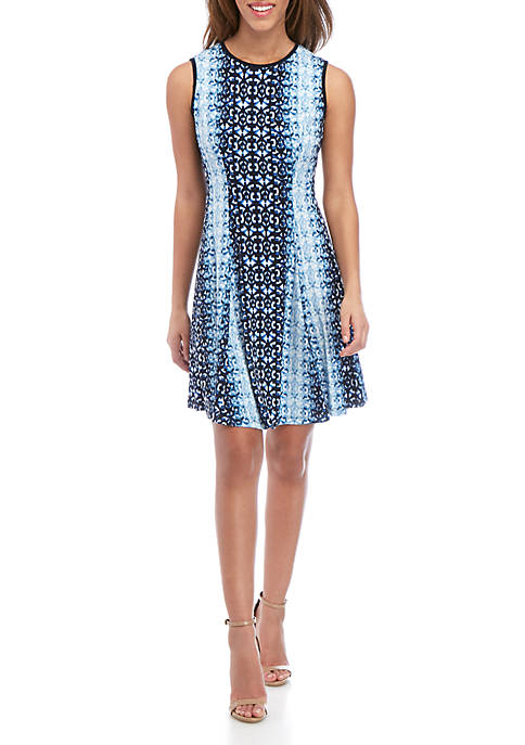 Gabby Skye Sleeveless Graphic Print Fit and Flare