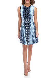 c65f8815d5 ... Gabby Skye Sleeveless Graphic Print Fit and Flare Dress