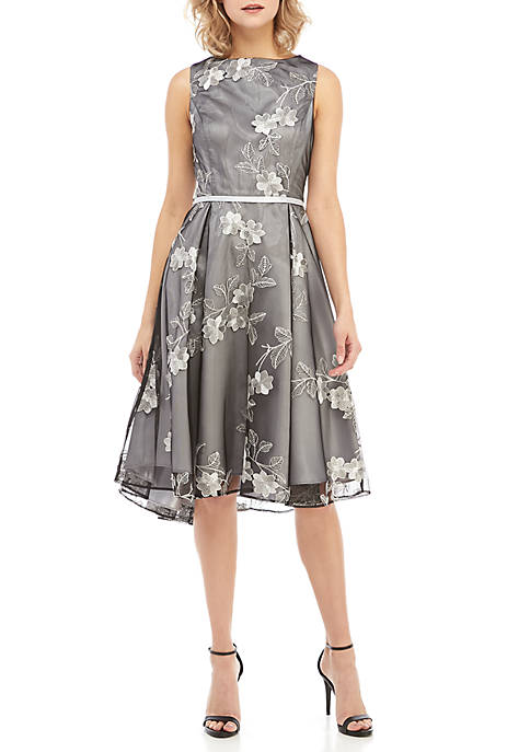 GLAMOUR BY Gabriella Skye Sleeveless Embroidered Party Dress