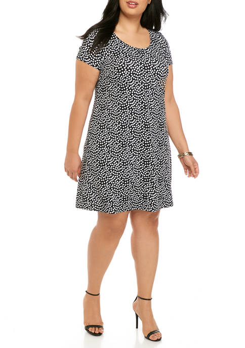 Plus Size Short Sleeve Dot A Line Dress