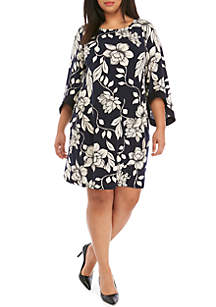 IVY ROAD Plus Size 3/4 Flare Sleeve Floral Dress