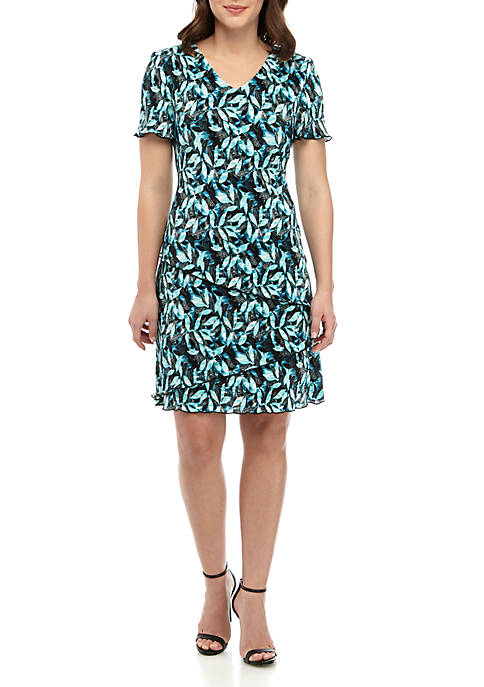V Neck Fit and Flare Leaf Print Dress