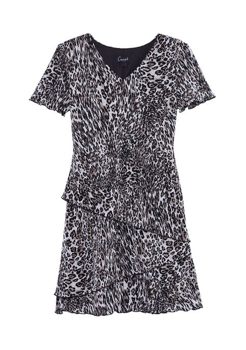Connected Apparel Womens Short Sleeve V-Neck Animal Print
