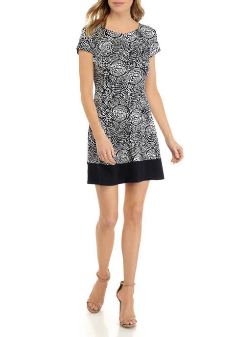 Petite Short Sleeve Medallion Print A Line Dress