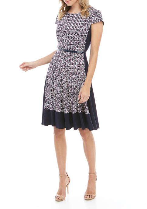 Womens Short Sleeve Puff Knit Dress with Belt