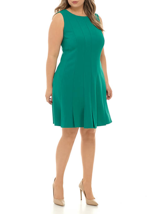Plus Size Sleeveless Seam Fit and Flare Dress
