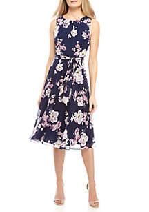 e922b85afc ... Sleeveless Chiffon Belted Dress