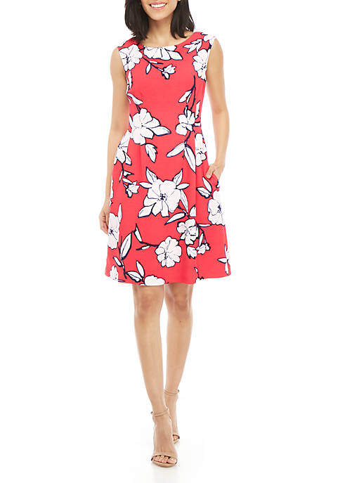 Jessica Howard Cap Sleeve Textured Floral Dress