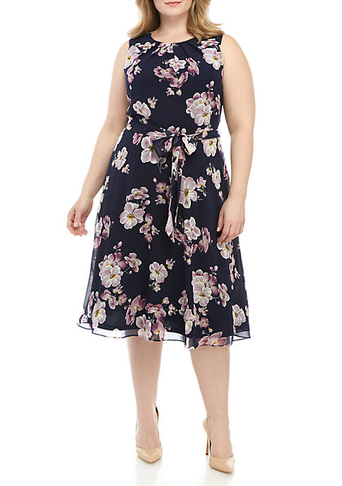 Plus Size Sleeveless Chiffon Dress With Belt