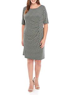 Jessica Howard Plus Size Elbow Sleeve Side Buckle Circle Print Dress