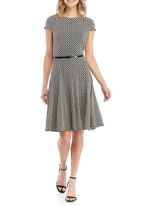 Jessica Howard Short Sleeve Print Belted Dress