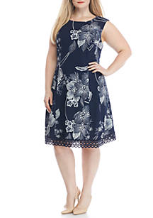 06565a3a232 Sandra Darren Plus Size Floral Print Fit and Flare Dress