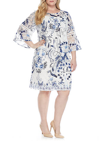 Sandra Darren Plus Size Flutter Sleeve Print Lace Sheath Dress