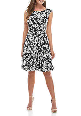 1d0d3acc7 Sandra Darren Cap Sleeve Puff Print ITY Dress with Belt ...