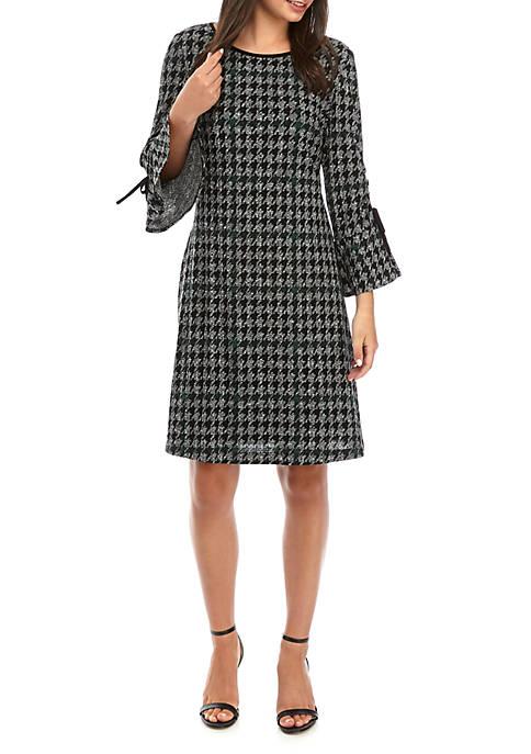 Womens 3/4 Bell Sleeve Houndstooth Shift Dress