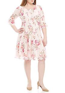 Chris McLaughlin Plus Size Fit and Flare Floral Crochet Dress