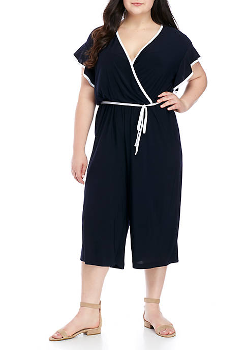 Plus Size Short Sleeve Trim Piping Gaucho Jumpsuit