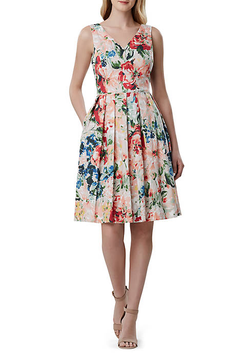 Sleeveless Scallop Floral Fit and Flare Dress