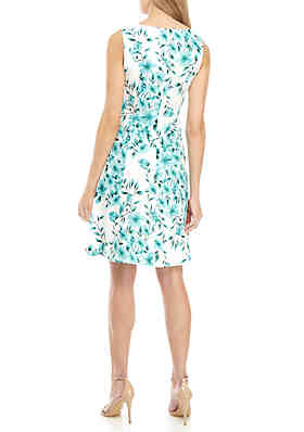 5c5278b9831 ... AGB Sleeveless Floral Fit and Flare Dress