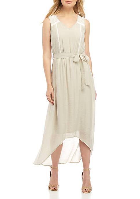 AGB Sleeveless V Neck Lace Shoulder Midi Dress