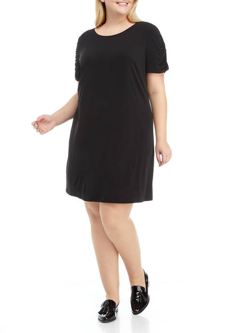 Plus Size Ruched Sleeve Dress