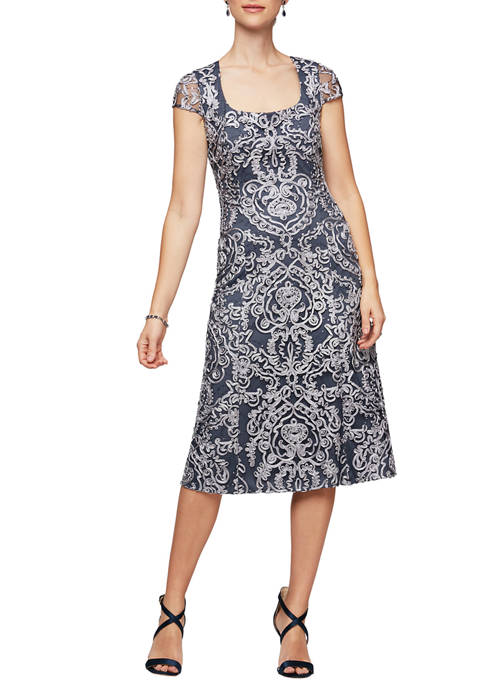 Alex Evenings Womens Dress with Scoop Neck