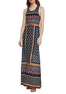 BCBGMAXAZRIA Round Neck Lace Maxi Dress