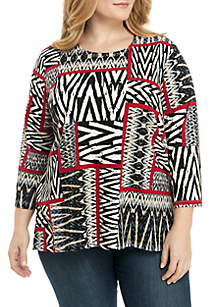 Plus Size Patchwork Knit Top