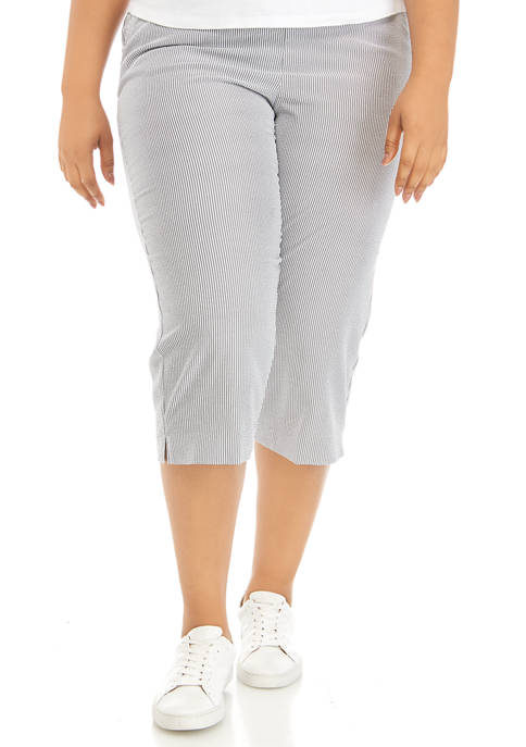 Plus Size Stripe Capri Pants