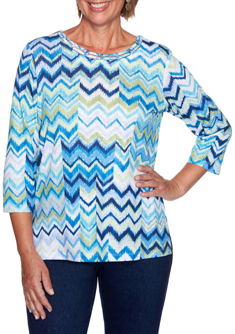 Alfred Dunner Womens Vacation Mode Chevron Patch Top