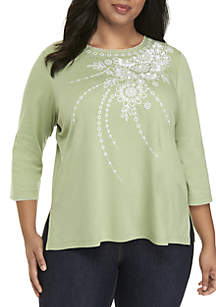 Plus Size Floral Embroidered Top