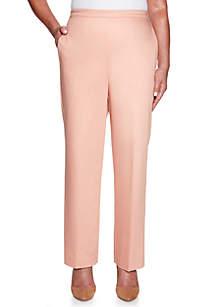 Petite Good To Go Proportion Short Pants