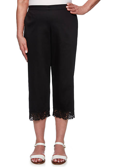 Alfred Dunner Petite Cayman Islands Border Lace Capris