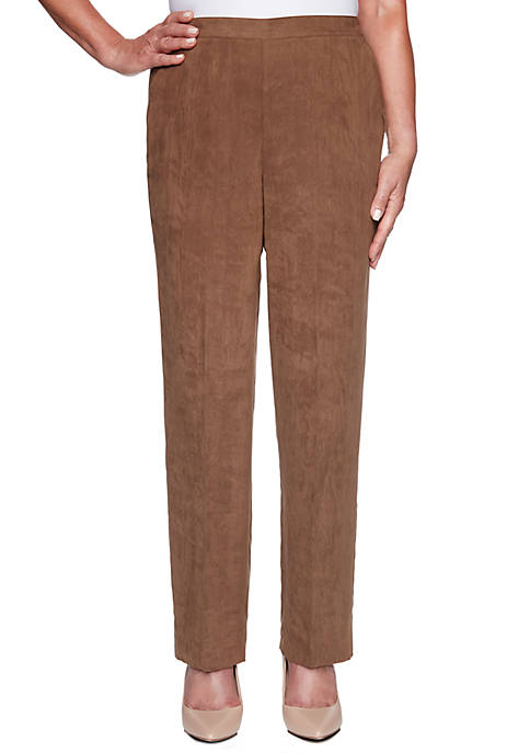 Alfred Dunner Womens Walnut Grove Short Faux Suede