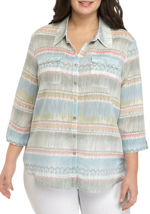 Plus Size 3/4 Sleeve Collared Shirt