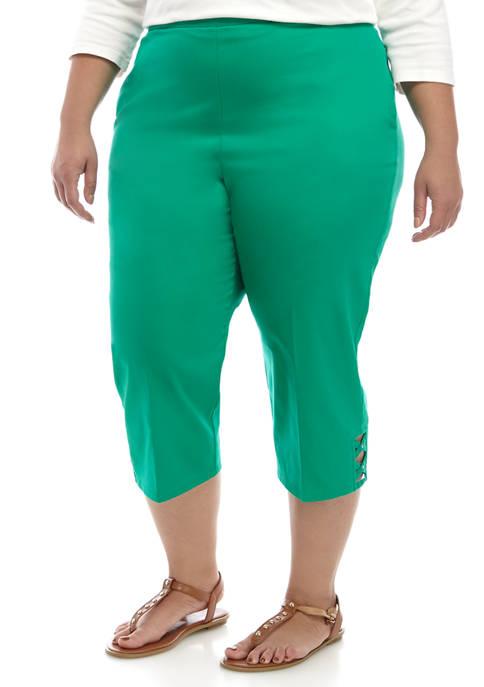 Plus Size Lattice Cuff Capri Pants