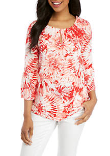 a4d3f28456f8a ... New Directions® Essential Printed Top with Keyhole