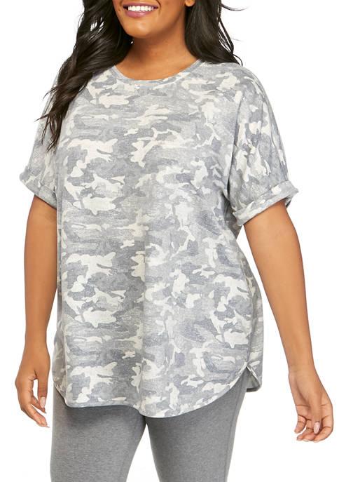 Plus Size Short Sleeve Round Hem Printed Studio Shirt