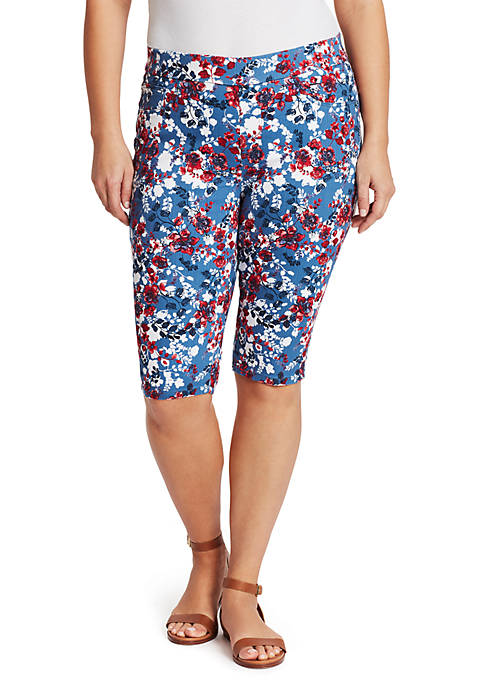 Plus Size Thea Pull On Floral Skimmer Capris