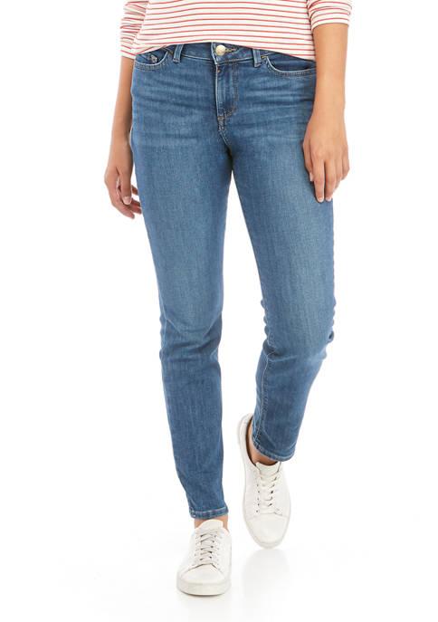 Petite Secretly Shape Jeans