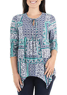 3/4 Sleeve Printed Bib Front Keyhole Top