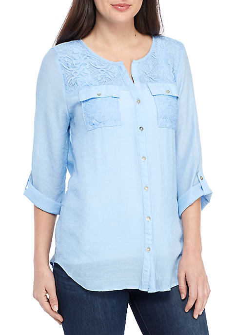 Roll Sleeve 2 Pocket Top with Lace Details