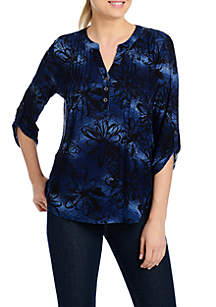 Petite Floral 3/4 Ruched Sleeve Henley Top