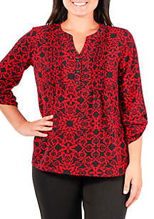Plus Size Pintuck Woven Top